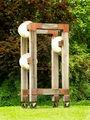 2008-07-14SchorndorfSkulpturenrundgangGerüst mit drei Knubbeln02.jpg