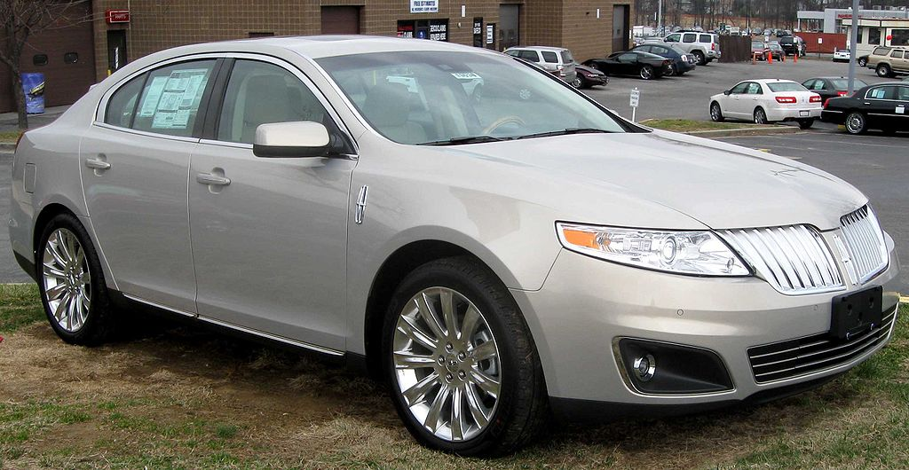 File:2009 Lincoln MKS .jpg - Wikimedia Commons