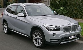 2013 BMW X1 (E84 LCI MY13) sDrive20i wagon (2015-07-09) 01.jpg