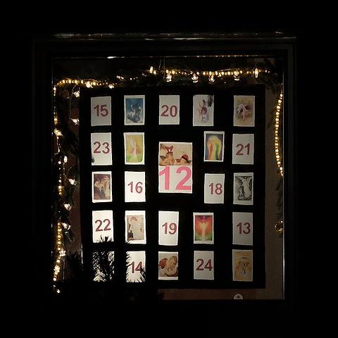file 2014 12 12 adventskalender st elisabeth essen frohnhausen jpg wikimedia commons. Black Bedroom Furniture Sets. Home Design Ideas