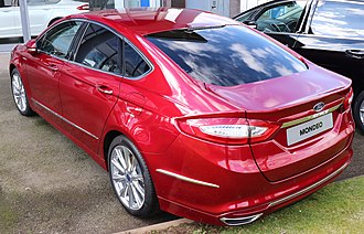 Ford Mondeo (fourth generation) - Image: 2017 Ford Mondeo Vignale Rear