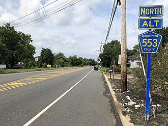 County Route 553 (New Jersey) - View north along CR 553 Alt at CR 635 in Mantua Township