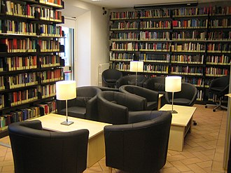 American University of Rome - Image: AUR Library Study Room