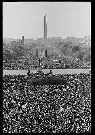 Million Man March - Image: A glimpse of the 1995 Million Man March from the recently cataloged Roll Call Photograph Collection (29984043675)