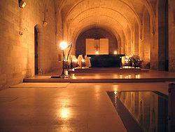 Abbaye du Bec-Hellouin - vêpres solennelles.jpg
