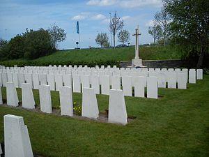 Adinkerke - Adinkerke Military Cemetery