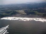 Aeropuerto de Ranón, desde el aire (3174092741).jpg