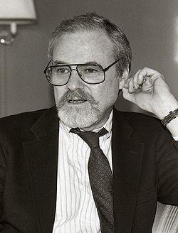 Alan J. Pakula.jpg