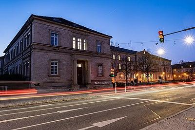 Alte Botanik in Tübingen zur blauen Stunde 2019.jpg