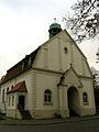 Alte Kapelle auf dem Ricklinger Stadtfriedhof, Hannover, erbaut um 1912, Göttinger Chaussee 246, Blick im Herbst nach Nord.jpg