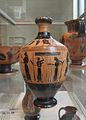Amasis Ptr cat 48 lekythos MMA 31.11.10 weaving.JPG