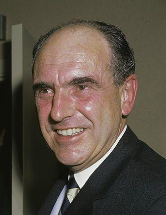 PASOK - Image: Andreas Papandreou (1968) 3