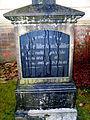 Anton Schlüter 1842-1930, Grabmal Gertr. geborene Gerbracht 1842-1905, hier ruhen in Gott auf dem Kirchhof St. Ludwig in Celle.jpg