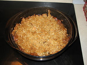 Apple crisp - An apple crisp dessert