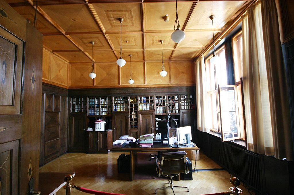 File arbeitszimmer des pr sidenten jpg wikimedia commons - Jugendstil innenarchitektur ...