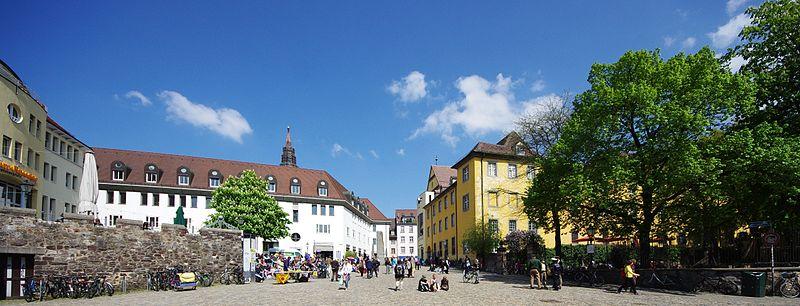 Augustinerplatz (Freiburg) 6577.jpg