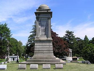 Augustus Kountze - The monument of Augustus Kountze in Woodlawn Cemetery