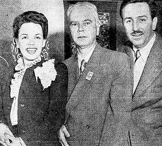 Aurora Miranda - Aurora Miranda with Walt Disney (1943).