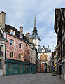 Auxerre Tour de l'horloge DSC 0021.jpg