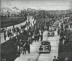 Avenida General Paz - Inauguration in 1941.