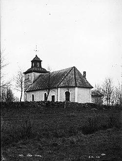 Bäcks kyrka old1.jpg