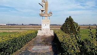 Monumento conmemorativo de las cien mil horas de vuelo