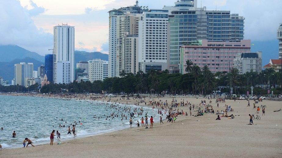 Il lungomare e le spiagge di Nha Trang sono la principale attrazione della città
