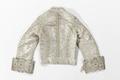 Baksidan av jacka i silvertyg till strumpebandsordensdräkt från 1881 - Livrustkammaren - 93680.tif