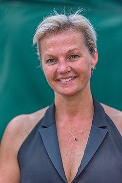 Barbara Dex door Dirk Annemans.jpg