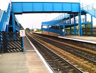Barnetby railway station - Pedestrian bridge over platforms