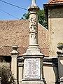 Base de la croix -monument aux morts de Fertans.jpg