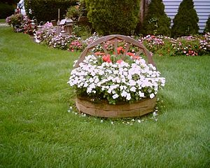 300px-Basket_of_flowers_Farmingdale.jpg