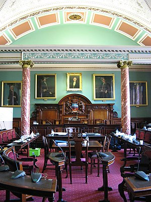 Bath and North East Somerset Council - Image: Bath Guildhall, Council chamber, toward chair