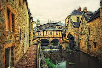 Bayeux Cathedral - Image: Bayeux Historic Centre