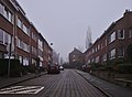 Beginning of Rue Franciscus Vandevelde (North end) on a foggy late afternoon in December (Auderghem, Belgium).jpg