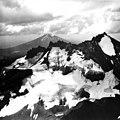 Bend Glacier, September 5, 1964 (GLACIERS 1611).jpg