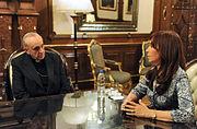 Bergoglio Kirchner 2