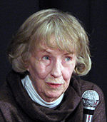 Betsy Blair (Amiens nov 2007) 5c.jpg