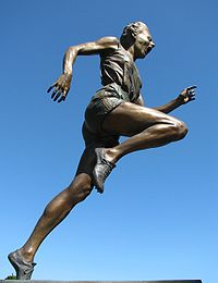 Statue of Betty Cuthbert outside the Melbourne Cricket Ground