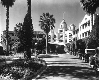 The Beverly Hills Hotel - The hotel in 1925