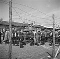 Bevrijding van het concentratiekamp te Amersfoort. Een Canadese tank is het kamp, Bestanddeelnr 900-2825.jpg