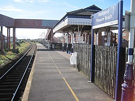 Blackpool Pleasure Beach railway station (geograph 3201769).jpg