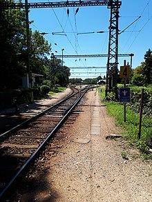 Blick gen Westen in den Bahnhof von Keszthely.jpg