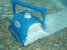 Automated pool cleaner - Wikipedia