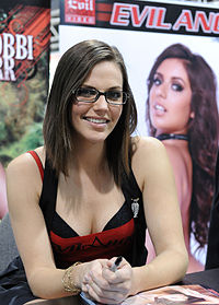 Bobbi Starr at AVN Adult Entertainment Expo 2011.jpg