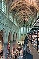 Boekhandel Dominicanen Kerk (27767646509).jpg