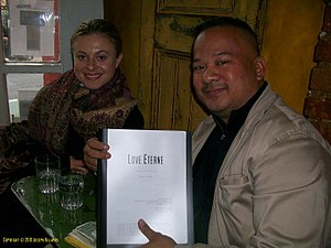 Love Eterne (2011 film) -  Actress and singer Bonnie Piesse with director Joseph Villapaz