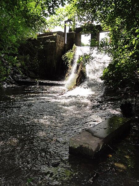 Bousies (Nord, Fr) rivière et moulin d'Harpies