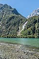 Bowen Falls in Fiordland National Park 09.jpg