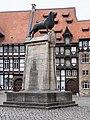 Braunschweiger Löwe auf dem Burgplatz.jpg
